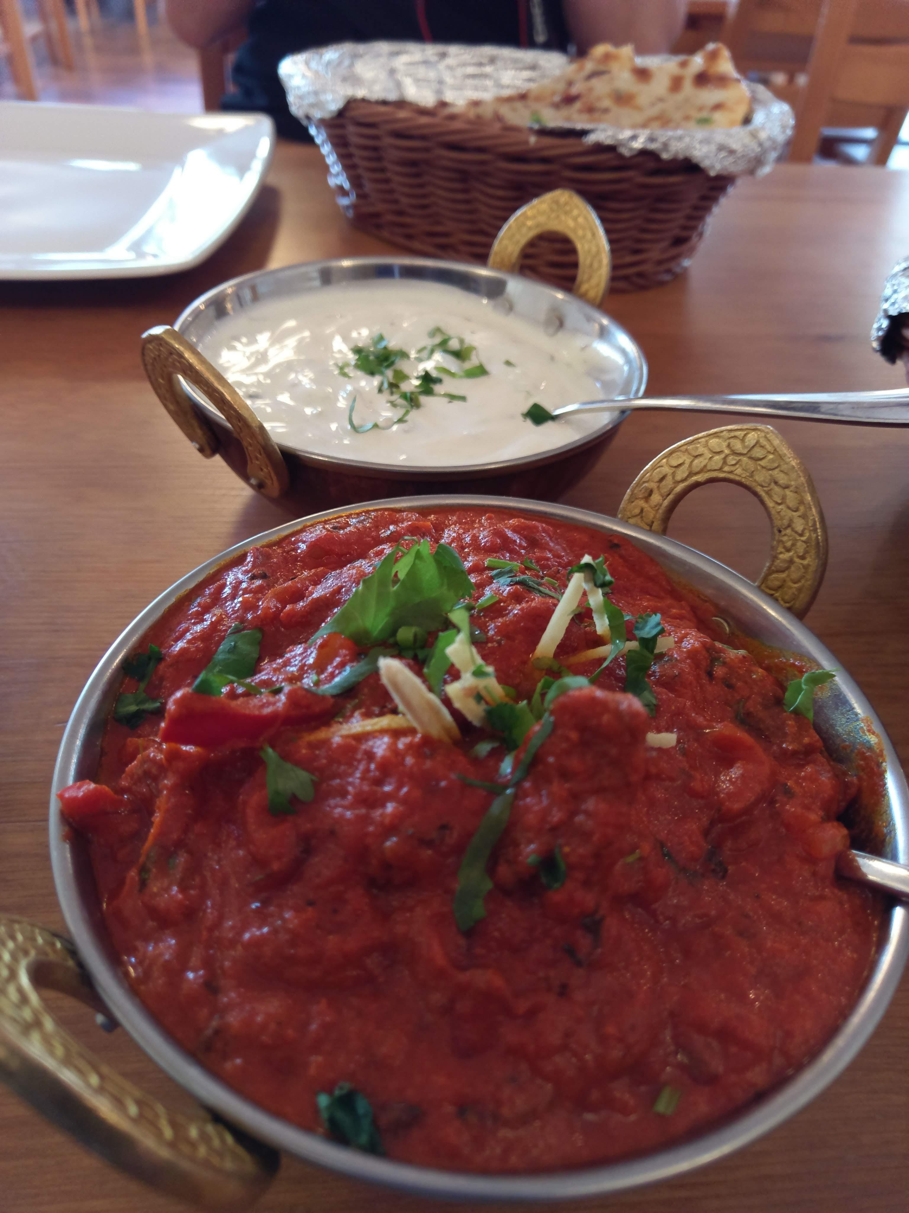 Hindus Czyli Indyjska Restauracja Na Bialolece Dziendobrywarszawo Pl